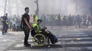 Boosheid over miljoenen voor Notre-Dame: ruim 100 gele hesjes opgepakt in Parijs
