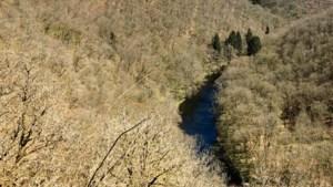 Klimmen en klauteren over rotsblokken: afzien langs de Ourthe