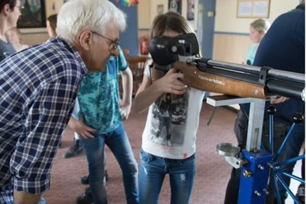 Sevenumse jeugd oefent na schooltijd voor KinjerOLS