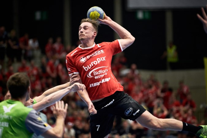 Blessuredrama Daan Versleeuwen: 'Wil ik nog wel handballen?'