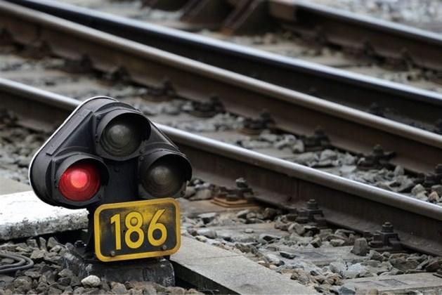 Vandalisme op het spoor: Treinverkeer enige tijd ontregeld tussen Maastricht en Roermond