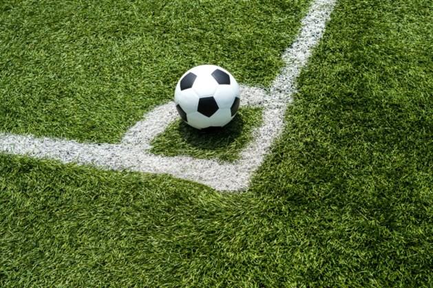Voetballers Brevendia en Hebes verlammen door zicht op prijs