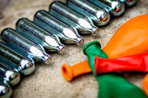 Kabinet denkt tóch na over verkoopverbod lachgas