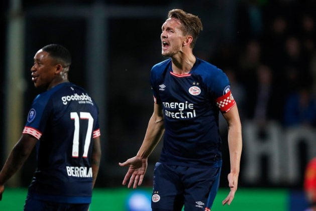 'Haarbal' helpt De Jong alsnog aan 28ste goal