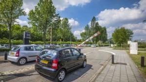 'Parkeerplekken bij ziekenhuizen in Limburg zijn geen melkkoeien'