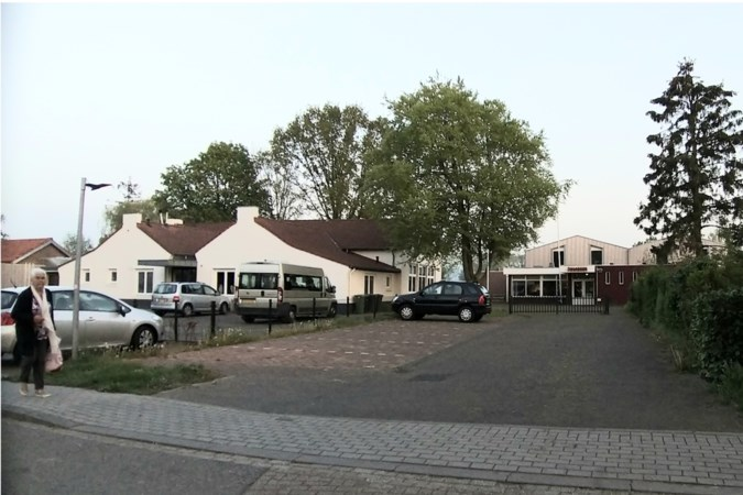 Partij teleurgesteld over 'half' plan voor dorpsplein