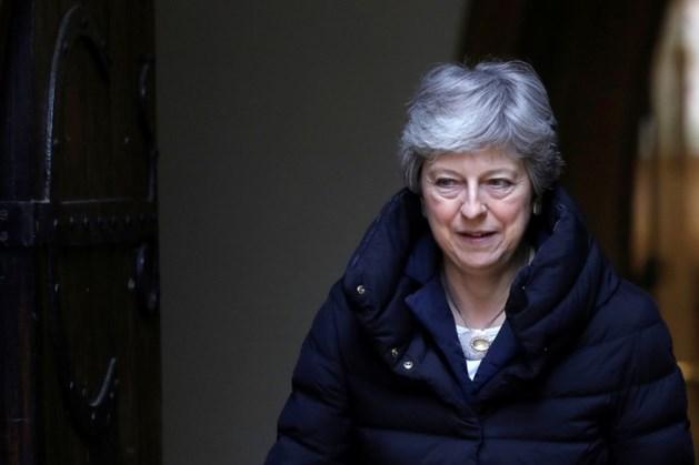May doet smeekbede aan Corbyn om Brexitdeal te bereiken