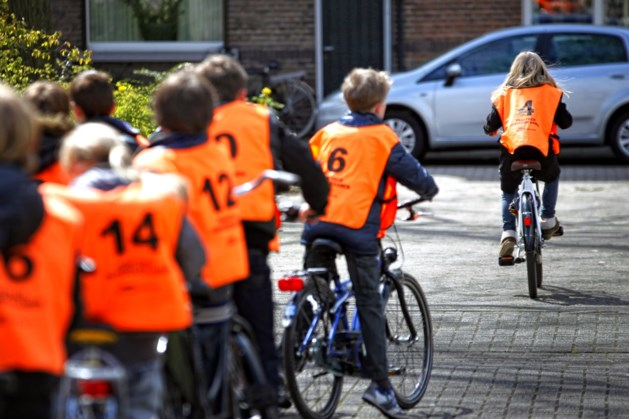 Fietsexamens in de knel door tekort aan vrijwilligers: 'Ouders hebben het te druk'