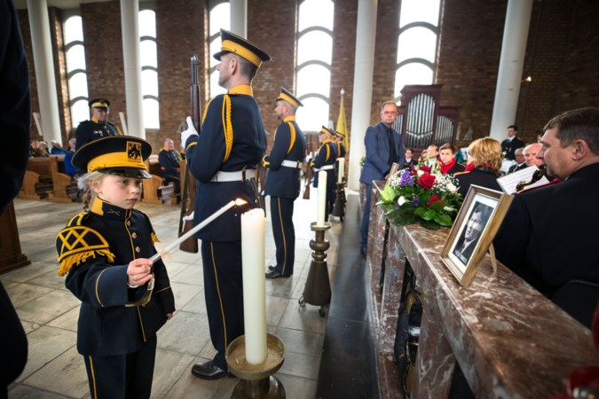 Intieme dodenherdenking op 5 mei in kerk Urmond