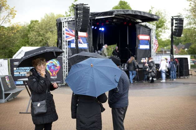 Muzikant onwel op podium: bevrijdingsfestival stilgelegd