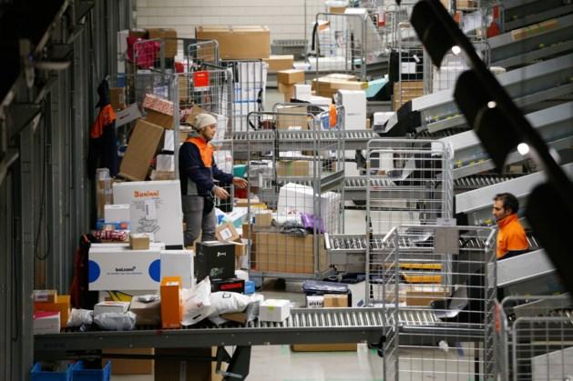 PostNL haalt ruim helft omzet via webwinkels