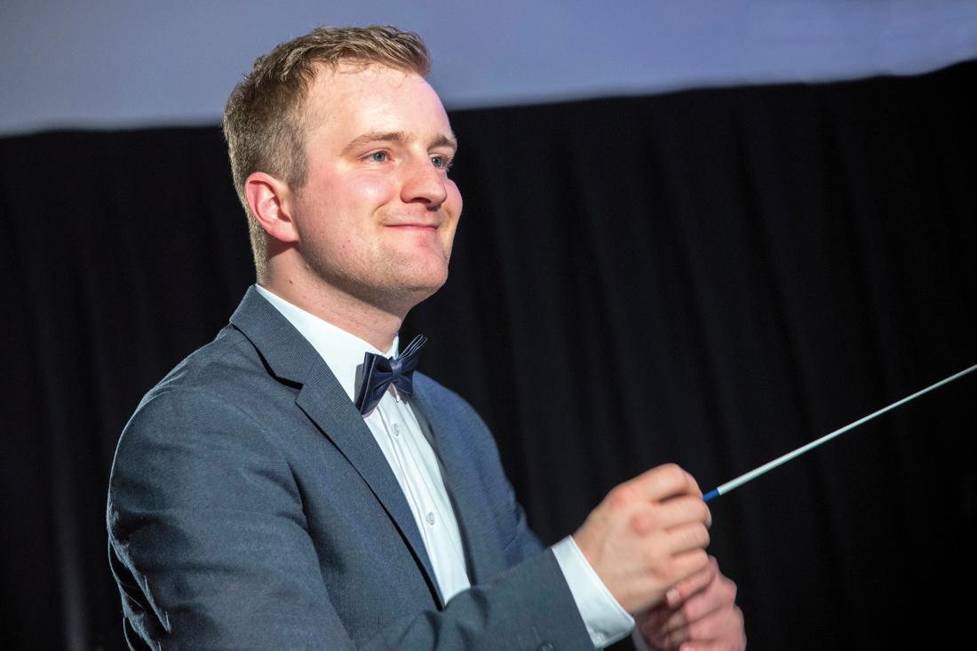 Examenconcert dirigent Wiek Maessen in Ubachsberg - De Limburger