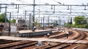 Hoog bezoek in Venlo: treinverbinding tussen Eindhoven en Düsseldorf weer dichterbij