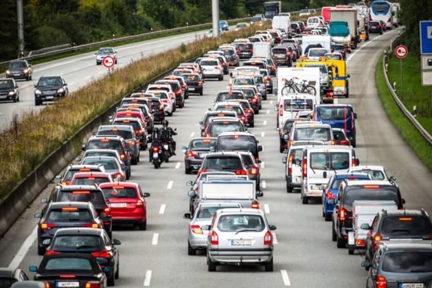 Ongeval met vrachtwagen op A2 bij knooppunt Kerensheide