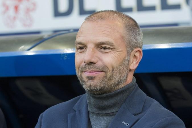 Zes redenen waarom VVV-trainer Maurice Steijn wel - of niet - voor PEC Zwolle moet kiezen