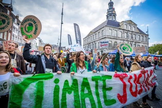 Mars voor klimaat in Maastricht trekt zo'n 1500 deelnemers
