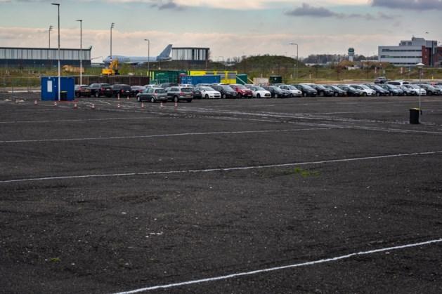 Rechter: parkeerplaats Maastricht Aachen Airport tijdelijk toegestaan