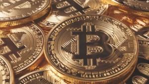 Bitcoins doen het na lange opmars weer minder