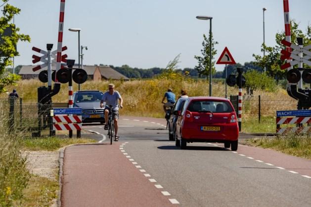 Maatregelen tegen steeds onveiliger wordende spoorwegovergang in Roermond
