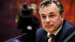 Staatssecretaris Harbers treedt af na fouten met asielcijfers