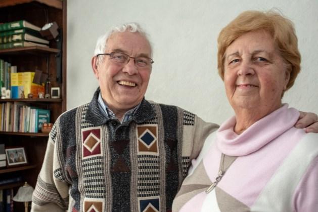Diamanten echtpaar Engelen uit Kerkrade zingt tijdens eigen feestmis