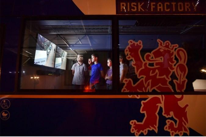 Praktijklessen over veiligheid in educatiecentrum Risk Factory