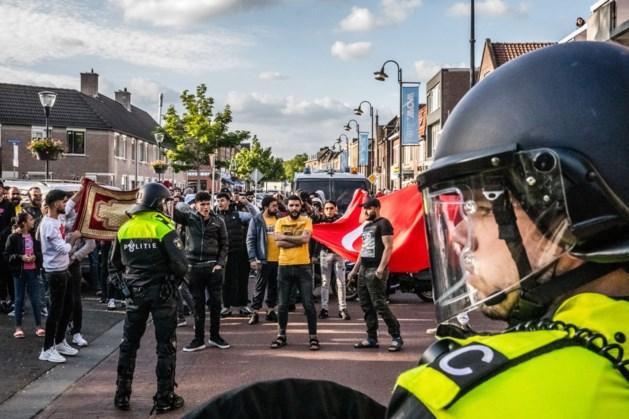 Politie maakt einde aan Pegida-demonstratie na ongeregeldheden