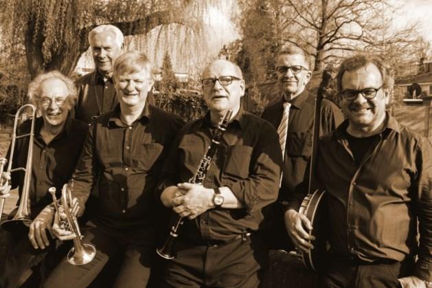 Never Mind Jazz Band op kasteelplaats Geijsteren