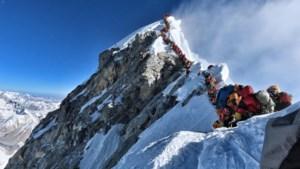 Weer dode in 'file' op drukbezochte Mount Everest