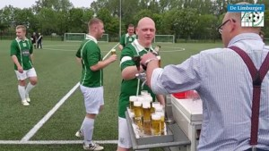 Video: Vergeet de VAR. Bij deze Limburgse voetbalclub doen ze liever een 'BAR-moment'