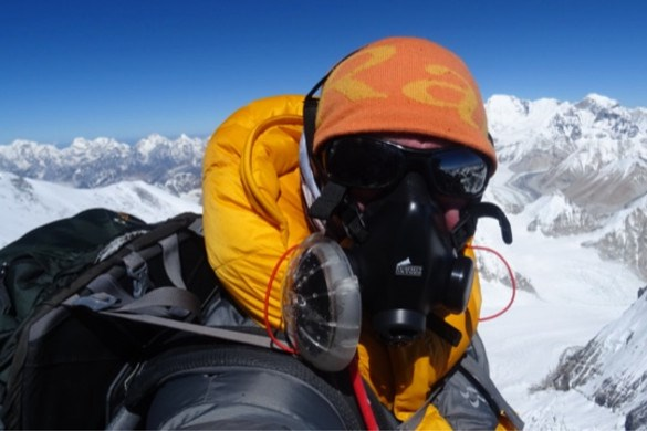 Klimmer Wilco Dekker pleit voor strengere selectie op te drukke Mount Everest: 'Dit is onverantwoord'