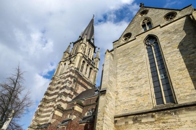 Beeldscherm in Sittardse Sint Petruskerk