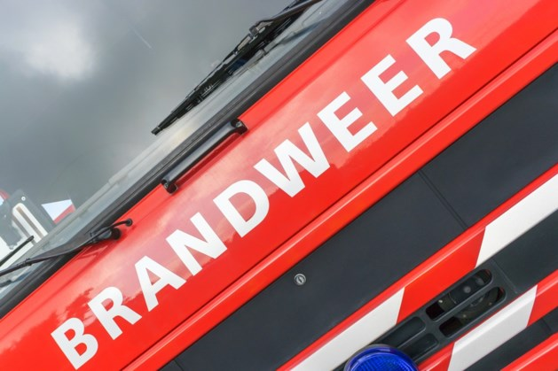 Brandweer rukt uit voor woningbrand in Schinveld
