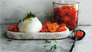 Als lunch of als partyhap: fluwelen burrata met zoetzure tomaatjes