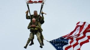 D-day-veteraan (97) doet parachutesprong na 75 jaar nog eens over