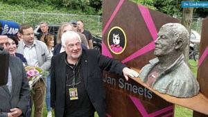 Video: 'Kijk nou toch, dat is net Jan Smeets'