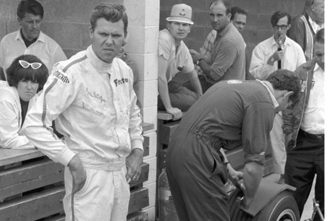 Eppie Wietzes reed eerste safetycar in de Formule 1
