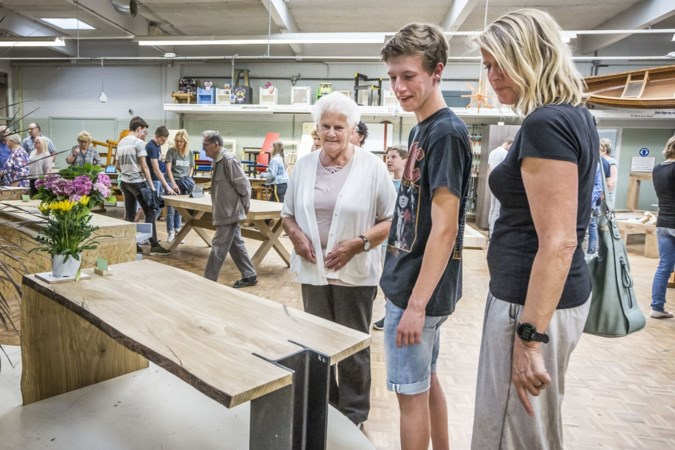 Vmbo'ers laten zien wat ze op het Dendron College in Horst geleerd hebben
