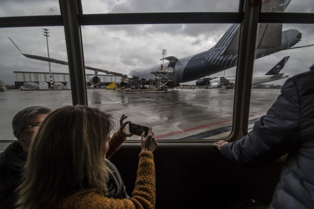 Nachtvluchten op Maastricht Airport in toekomst niet uitgesloten