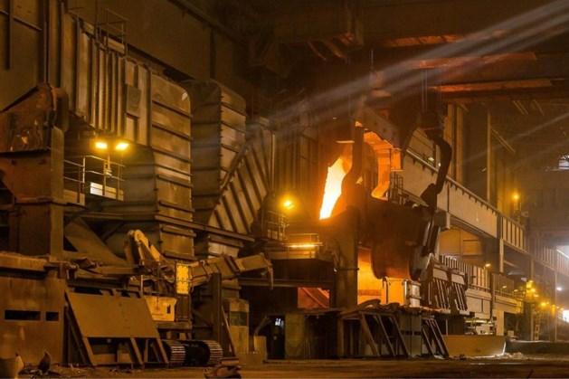 'Duizenden banen op de tocht bij staalreus Arcelor'