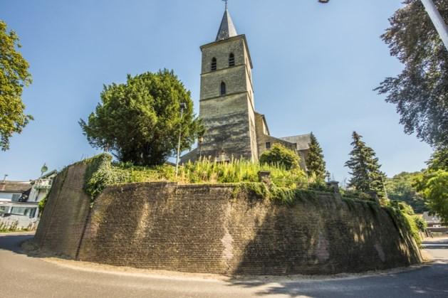 Werkzaamheden 'reconstructie achter de kerk' in Schinnen van start