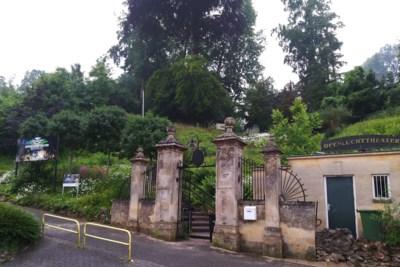 Openluchttheater in Valkenburg verdwijnt achter twee meter hoge geluidswal