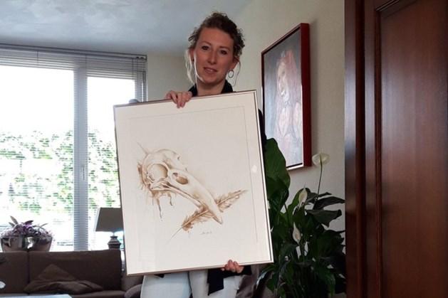 Verbazing alom: dief loopt met kunstwerk Venlose galerie uit