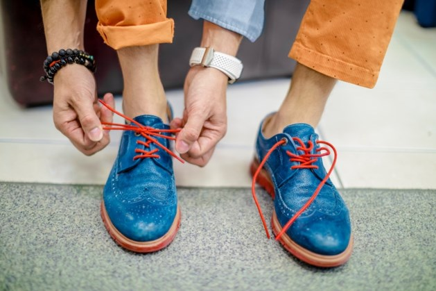 Schoenendief sprint winkel uit op nieuwe Cruyff-sneakers: 'Ze zaten zo te zien geweldig'