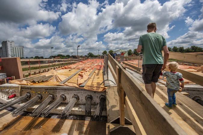 Een blik in de bouwput van Ooijen-Wanssum