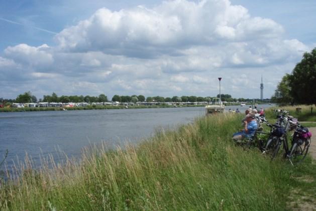 Avondfietstocht langs Maas en Maasplassen