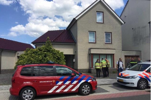 Politie vindt gestolen auto en vaten in garage Schinveld