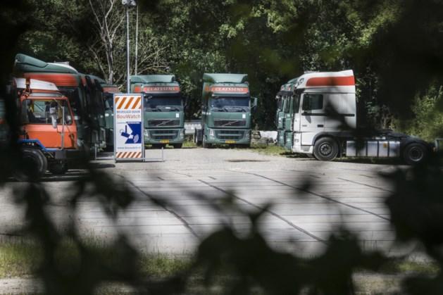 Vrachtwagens en opleggers van Claessens te koop via veiling