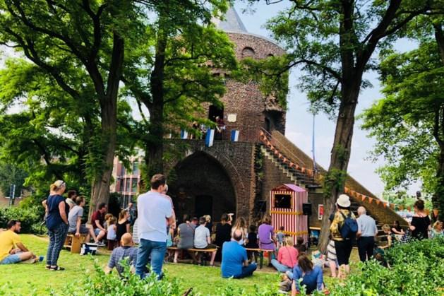 Poppenspelfestival rondom Roermondse Rattentoren