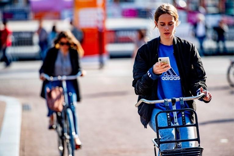 Nederlander is heer in auto, maar fietst zonder probleem met drank op